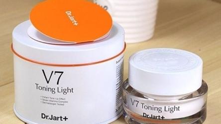 Kem dưỡng V7 Toning Light Hàn Quốc có tốt không? Cách sử dụng ra sao?